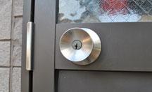 新宿区歌舞伎町での家・建物の鍵トラブル